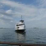 Boot im Hafen zur Freiheitsstatue