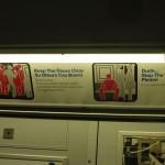 Piktogramme gegen unsoziales Verhalten in der U-Bahn