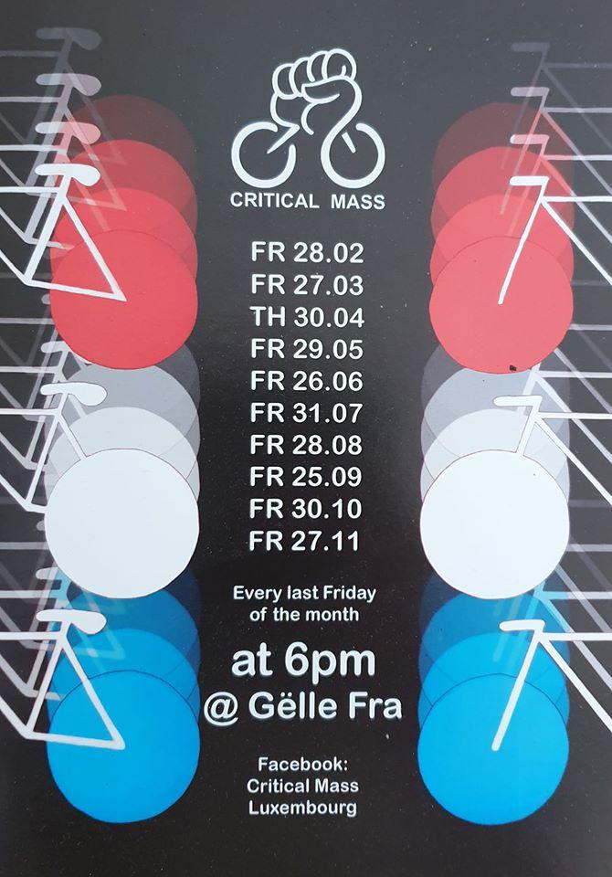 Links und rechts links jeweils drei halbe Fahrradsymbole, die Räder in abwechselnden Farben Rot, Weiss, Blau. In der Mitte unter dem CM Symbol, die Daten der Fahrten (letzter Freitag im Monat)