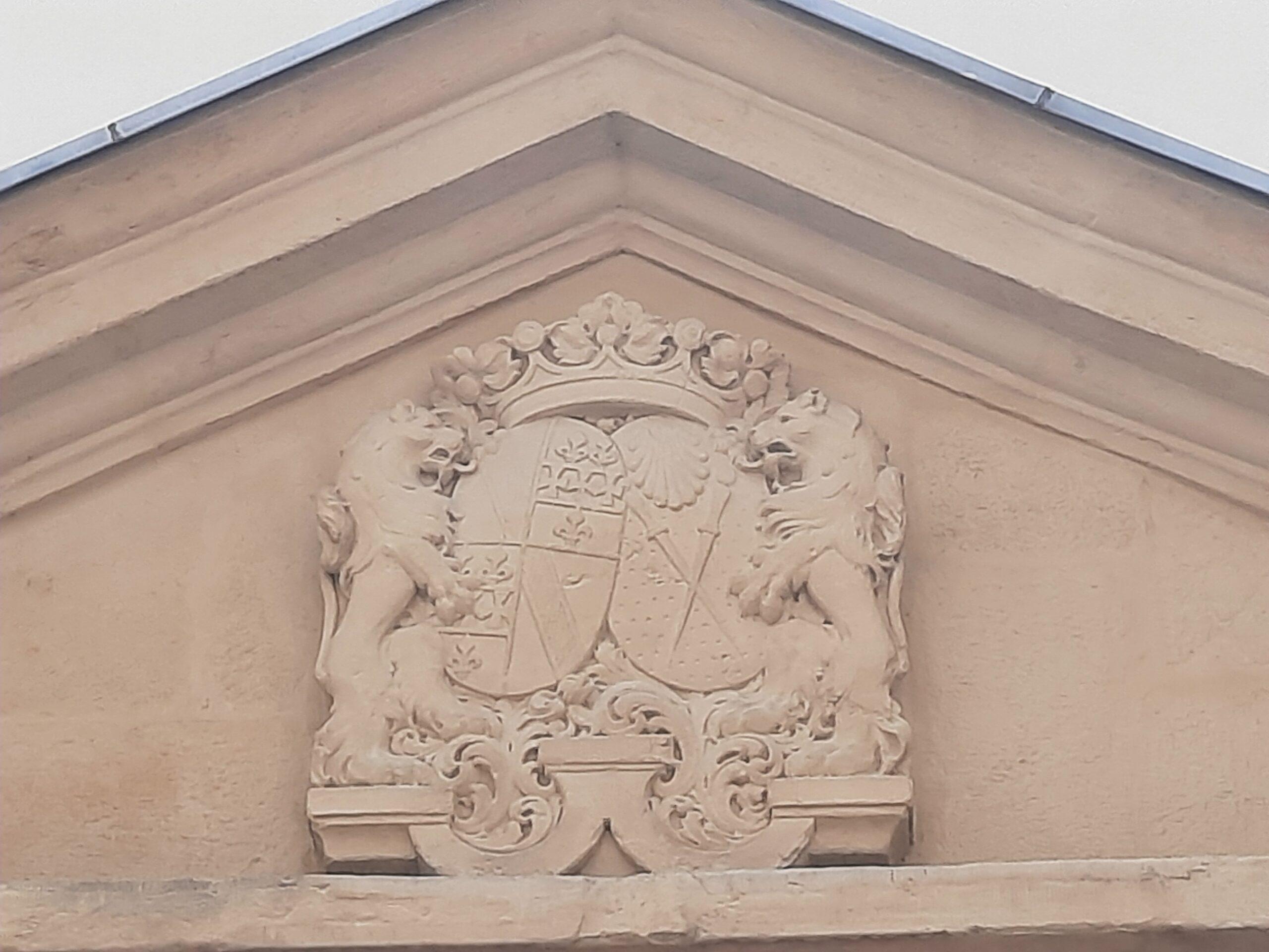 Allianzwappen Geisen-Schellart mit Lafontaine d'Harnoncourt auch in Luxemburg-Stadt