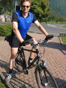Daniel auf seinem neuen KTM Fahrrad